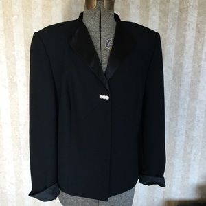 Amanda Smith Dressy Blazer